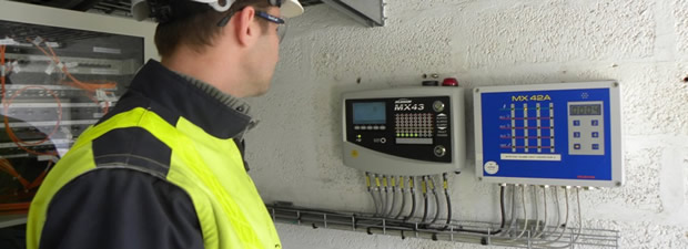 gas detection controller for ficed gas monitoring systems