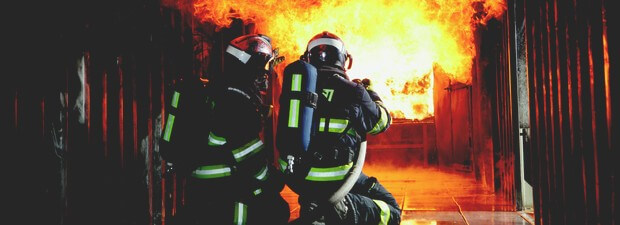 Complete professional firefighter gear for fire intervention, SBCA and safety helmet